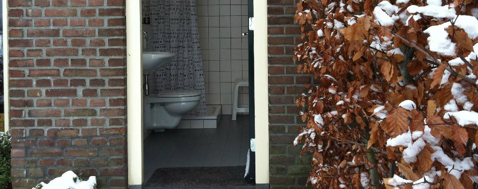 kampeerbadkamer-winter